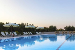 facilities nautilus hotel big pool