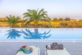 facilities nautilus hotel sunbeds